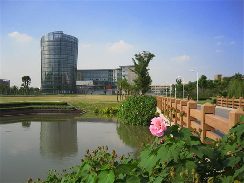华东师大校园风景